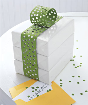 wrap-green-gift_300